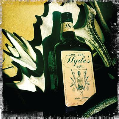 Dr Von Hyde's Herbal Liqueur